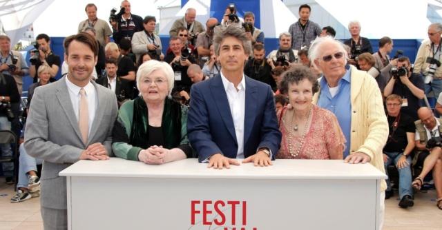 23mai2013---os-atores-bruce-dern-angela-mcewan-o-diretor-alexander-payne-june-squibb-e-will-forte-divulgam-o-filme-nebraska-no-festival-de-cannes-o-filme-ja-desponta-como-um-candidato-ao-oscar-1369307768919_956x500