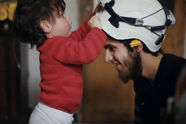 160915-white-helmets-khalid-daughter-1139a_a1724fbd474623eefec75b6be431625c-nbcnews-fp-1200-800